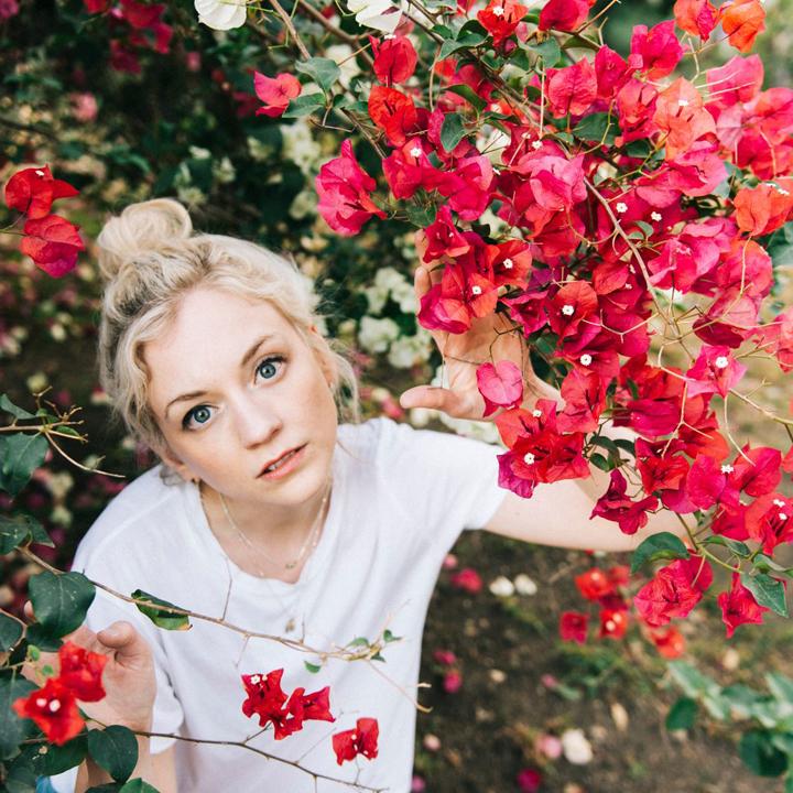 EmilyKinney-July2018Press-720x720