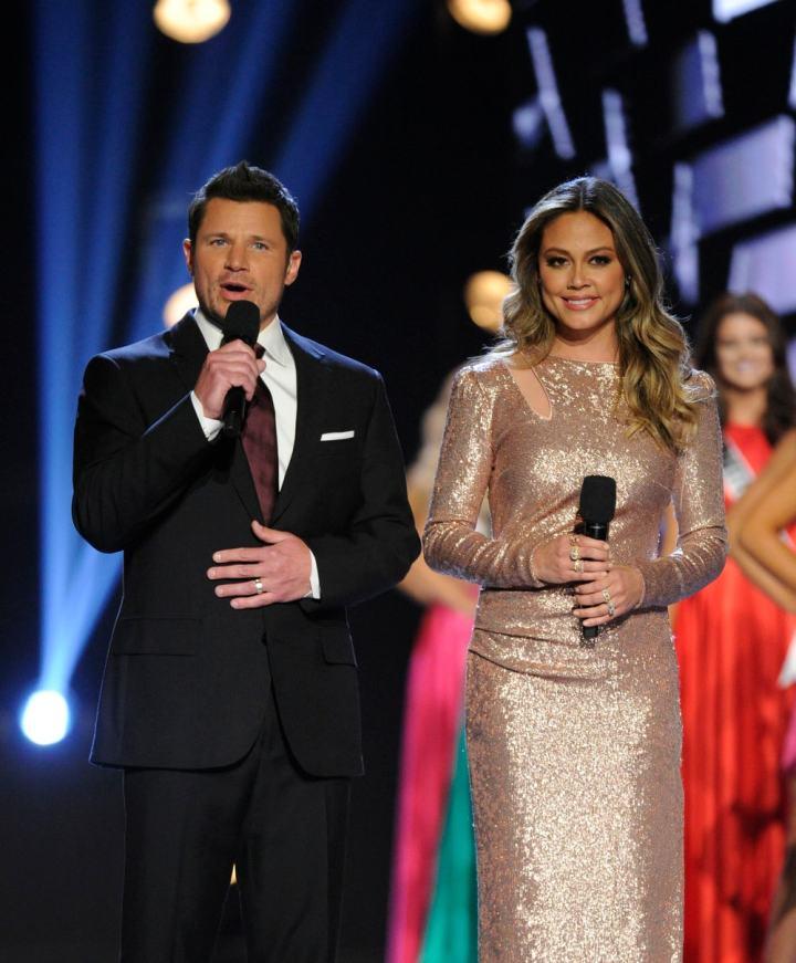 Miss-USA-2018-Nick-Vanessa-Lachey